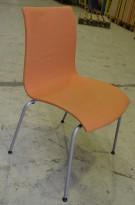 Konferansestol / stablestol fra Helland i oransjemønstret stoff, pent brukt