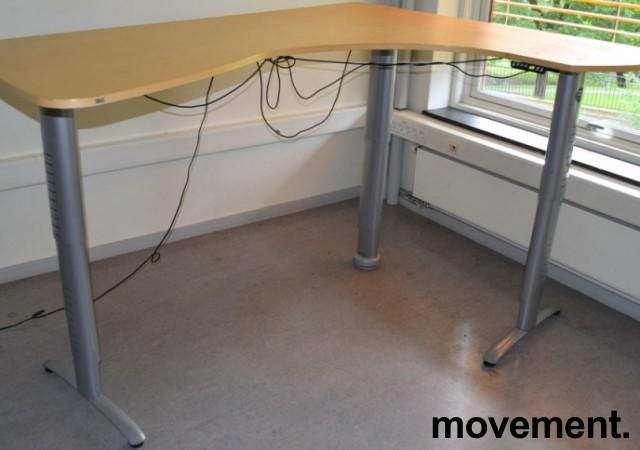 Ergodesk elektrisk hevsenk hjørneløsning 210x164cm, bjerk plate med slitasje, brukt bilde 6