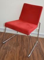 Offecct Mono, design Ola Rune, møteromsstol / besøksstol i rød mikrofiber / krom, pent brukt