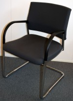 Lekker besøksstol / møteromsstol i mørkegrått / krom, pent brukt