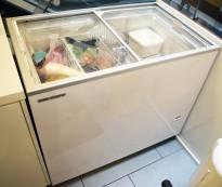 Fryseboks med glasslokk for iskrem fra Coolhead, med skyvelokk i glass, 101,5cm bredde, pent brukt