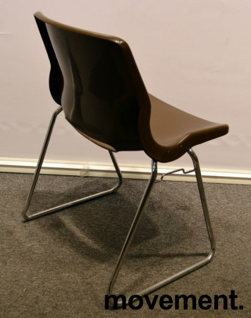 Overman vintage plaststol / skallstol / stablestol i brunt/krom, Design: Svante Schöblom, brukt bilde 2