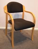 Stablestoler i bøk / sort stoff, pent brukt