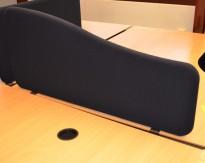 Bordskillevegg i sort stoff, 100cm bredde, pent brukt