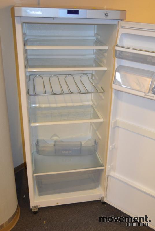 Nytt Kjøleskap i hvitt fra Bauknecht, mod KRA3000/2, høyde 140cm, pent NF-81