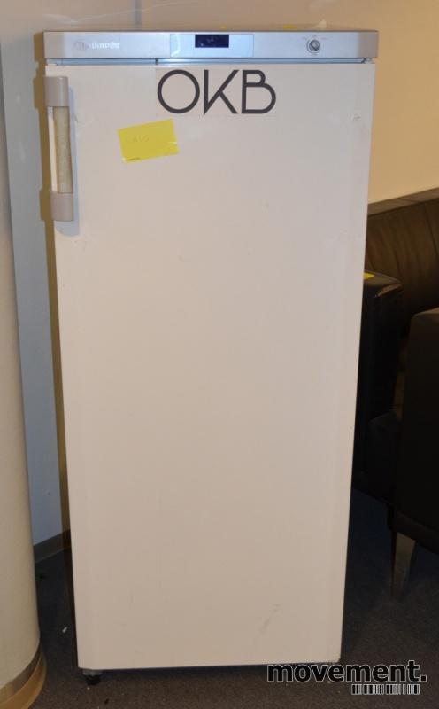 Ypperlig Kjøleskap i hvitt fra Bauknecht, mod KRA3000/2, høyde 140cm, pent KF-42