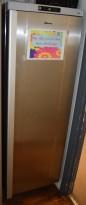 Fryseskap / fryser for storkjøkken, Gram F400RE, 178,5cm høyde, pent brukt