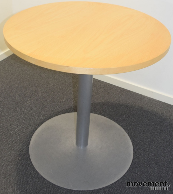Rundt bord fra Duba B8 i bjerk medalugrått understell, u00d8=70cm H=71cm, pent brukt
