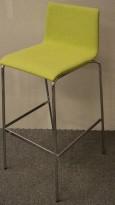 Barkrakk / barstol i grønt stoff / krom fra Piiroinen, sittehøyde 80cm, pent brukt