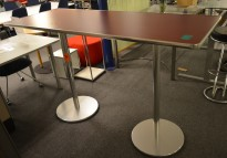 Barbord / ståbord i Rødt / aluminium fra Indecasa, Toscana 2B, 180x70cm, høyde 113cm, pent brukt