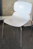 Konferansestol / besøksstol i hvitt, Molo fra Duba B8, Design: Norway Says, pent brukt