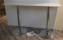 Barbord / ståbord i hvitt med understell i krom, 180x70cm, pent brukt
