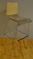 Barkrakk / barstol i lyst treverk / krom, trekk i brun mikrofiber, sittehøyde 80cm, pent brukt