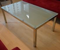 Loungebord / sofabord i frostet glass / stål, 120x69cm, pent brukt