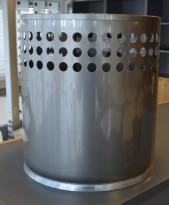 Rexite papirkurv i grålakkert metall, pent brukt
