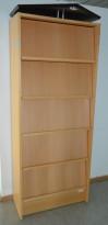 Brosjyreskap i bøk med 5 hyller / luker, topp med spot, bredde 80cm, høyde 200cm, pent brukt