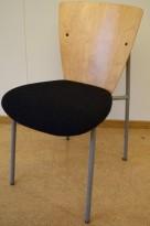 Stablebar møteromsstol / besøksstol i bjerk/grått, pent brukte