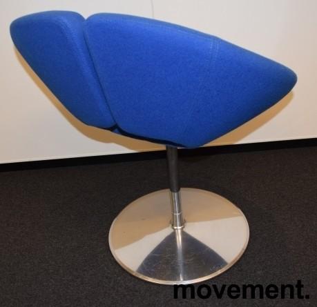 Loungestol i blått / krom fra Artifort, modell: Little Apollo, Design: Patrick Norguet, pent brukt bilde 2