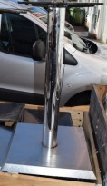 Bordunderstell for kafebord i stål, 72cm høyde + plate, pent brukt
