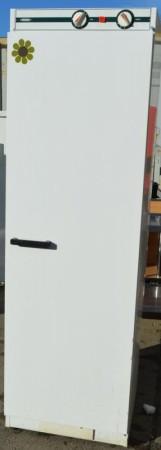 Eldre tørkeskap fra Nimo, bredde 60cm, høyde 191cm, pent brukt bilde 1