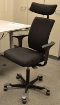Håg H05 5400 kontorstol i sort, nytrukket, med armlener og nakkepute, pent brukt