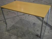 Lammhult Campus 160x80cm skrivebord i bjerk/krom, pent brukt