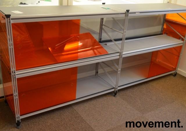 Caimi Socrate designskap / skjenk i grålakkert metall med skyvedører i orange plexi, 2H, bredde 195cm, pent brukt bilde 1