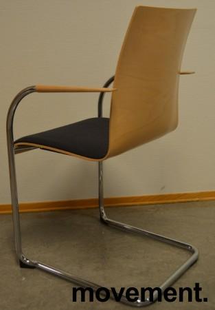Konferansestol / stablestol fra Brunner i bøk / mørk grått stoff / krom, pent brukt bilde 2