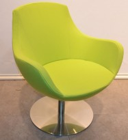 Loungestol i limegrønt stoff med sving, base i krom, pent brukt