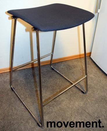 Barkrakk / barstol fra Randers+Radius i grått/krom, mod: Sharp, 69,5cm sittehøyde, pent brukt bilde 2