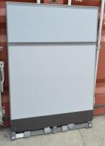 Kinnarps Zonit skillevegg i grått stoff, 100x150cm, pent brukt