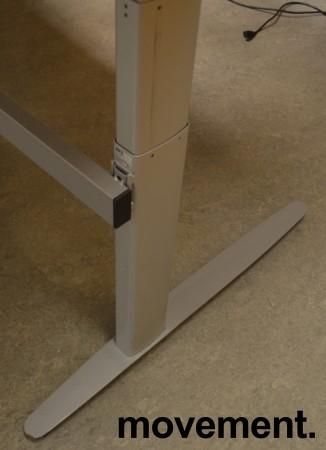 Understell til skrivebord med elektrisk hevsenk fra Linak, passer plate 240x90 eller større, pent brukt bilde 2