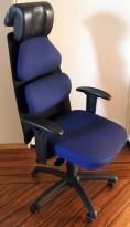 Kontorstol fra Hedemora-stolen i blått / sort, nakkepute i sort skinn, pent brukt