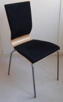 Konferansestol fra EFG i bøk / sort comfort sete og ryggpute / alugrå ben, modell GRAF, pent brukt