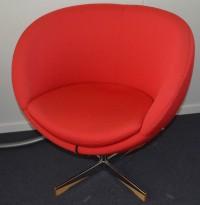 ForaForm Planet Loungestol i rødt stoff/krom, design: Svein Ivar Dysthe, Norsk klassiker, pent brukt