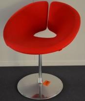 Loungestol i rødt / krom fra Artifort, modell: Little Apollo, Design: Patrick Norguet, pent brukt