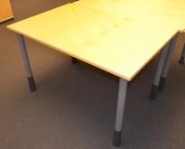 Skrivebord i bjerk, Kinnarps E-serie, 120x80cm, pent brukt