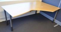 Skrivebord / hjørneløsning, Kinnarps E-serie, 180x120cm, høyreløsning, pent brukt