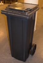 Avfallsdunk / søppelbøtte i sort plast på hjul 140l, sort / mørk grå, pent brukt