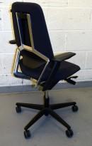 Savo S3 kontorstol i sort (koksgrått) stoff / krom med armlene, pent brukt