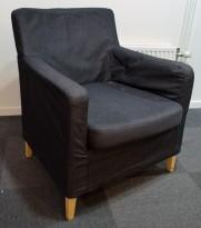 Loungestol / lenestol fra IKEA, Karlstad i mørkegrått stoff / bjerk, bredde 90cm, pent brukt
