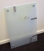 Lite, vegghengt whiteboard i grønnfrostet glass, 65x45cm, pent brukt