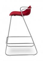 Barstoler / barkrakker fra EFG, 73cm sittehøyde, Modell: Mariquita, rød/krom, pent brukt