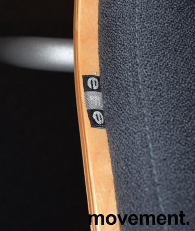 Konferansestol fra EFG, modell Billow, i grått stoff / bjerk, pent brukt bilde 4