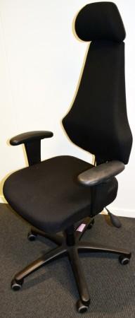 Kontorstol: EFG Allegro 932 i sort, høy rygg, armlene, nakkepute, luftjustering korsrygg, pent brukt bilde 1