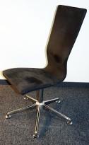 Konferansestol / møteromsstol GRAF fra EFG HovDokka i grå mikrofiber / krom føtter, pent brukt