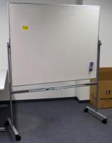 Whiteboard på hjul / stativ, 150x120cm whiteboard, 162cm bredde, 196cm høyde, pent brukt