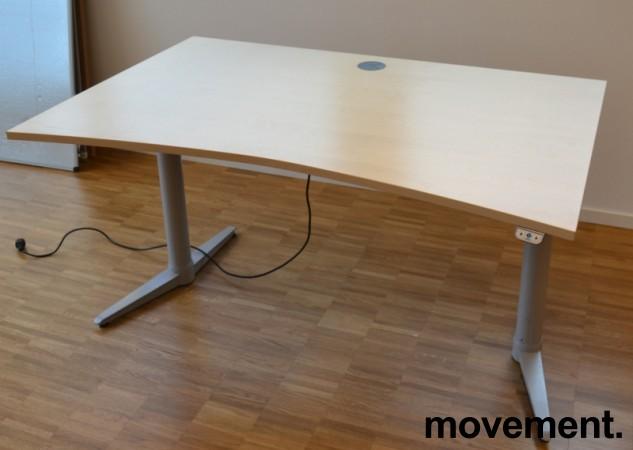 Skrivebord med elektrisk hevsenk i bjerk fra Edsbyn, 140x90cm, pent brukt bilde 5