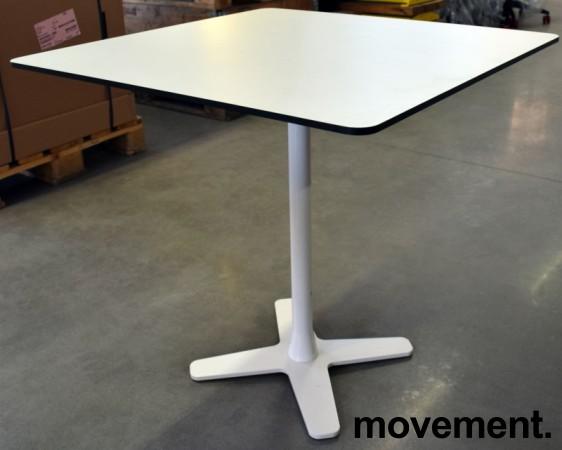 Lekkert loungebord / lite, kvadratisk møtebord 75x75cm, Offecct, hvit bordplate med sort kant, hvitt understell, H=71cm, pent brukt bilde 2