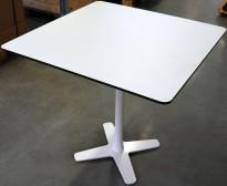 Lekkert loungebord / lite, kvadratisk møtebord 75x75cm, Offecct, hvit bordplate med sort kant, hvitt understell, H=71cm, pent brukt